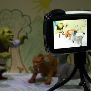 670px-Make-a-Stop-Motion-Video-of-Your-Favorite-Stuffed-Toy-or-Action-Figure-Step-4
